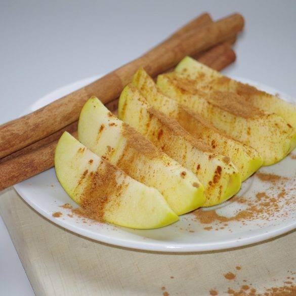 Recette de la pomme à la cannelle. Recetta facile et rapide