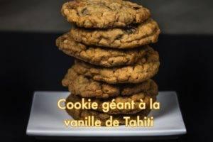 Cookies géants aux 2 chocolats, pralinés roses à la vanille de Tahiti
