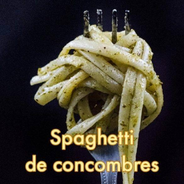 Spaghetti de concombres, crevettes au poivre Sichuan