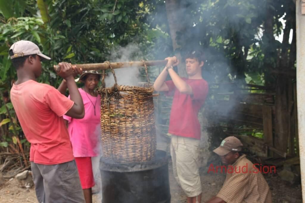 échaudage de la vanille bourbon de Madagascar par arnaud vanille